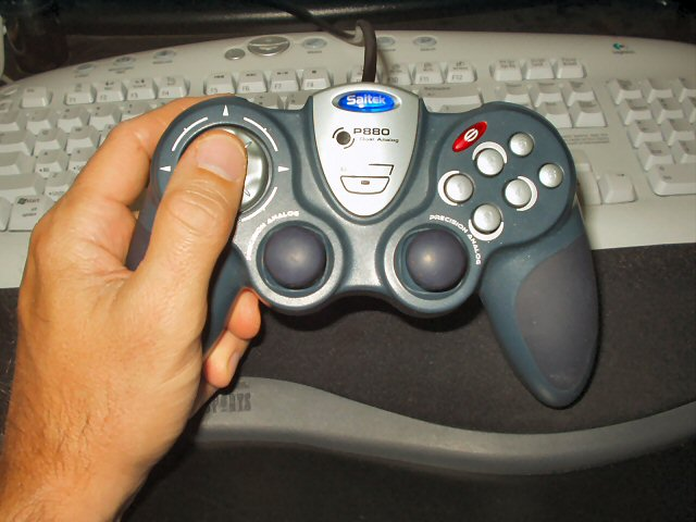 SAITEK Gamepads P880 New